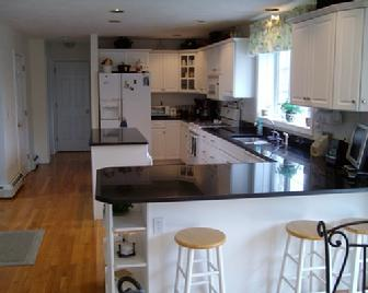 http://www.magnahomecleaning.com/images/336_Finish_Kitchen_1.JPG